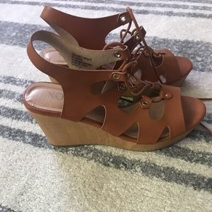 Xoxo Ankle Lace Up Sandals Size 10 Brown leather